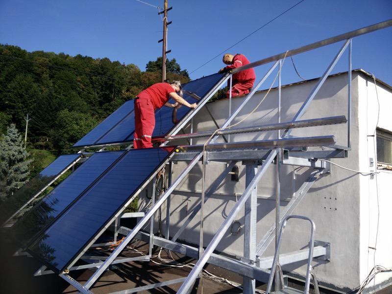 Montáž solárneho systému pre bytové spoločenstvo